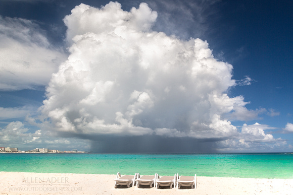Cancun Rain Cloud